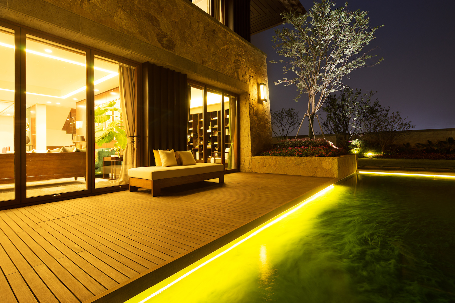 5 unique residential landscape lighting design ideas - How to design outdoor lighting plan ...